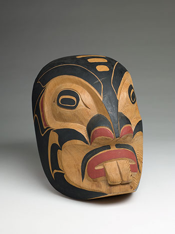 Pugwis Mask by Doug Cranmer